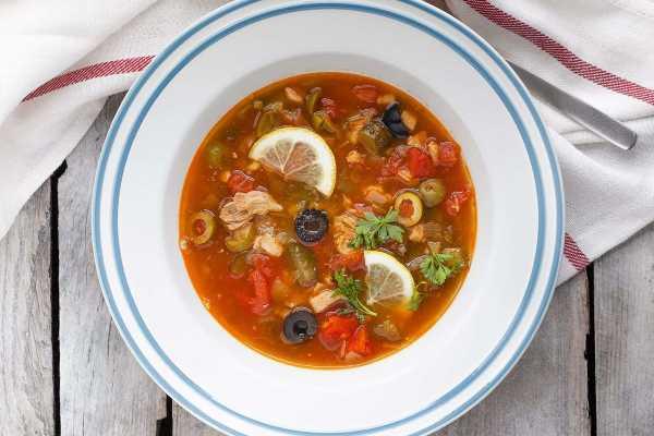 sup-solyanka-postnyj-rezepty